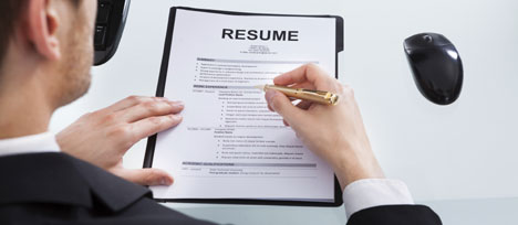 Comment structurer un CV pour un job étudiant ?
