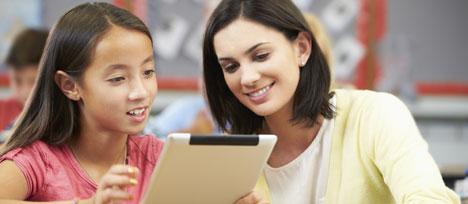 Soutien scolaire : les agences qui recrutent des étudiants