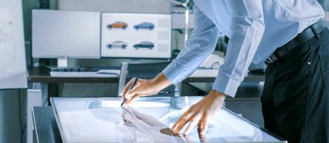 Automobile : les entreprises recrutent des jeunes talents