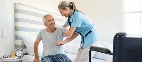 Hospitalisation privée : 87 000 infirmiers et aides-soignants recherchés d'ici 2020